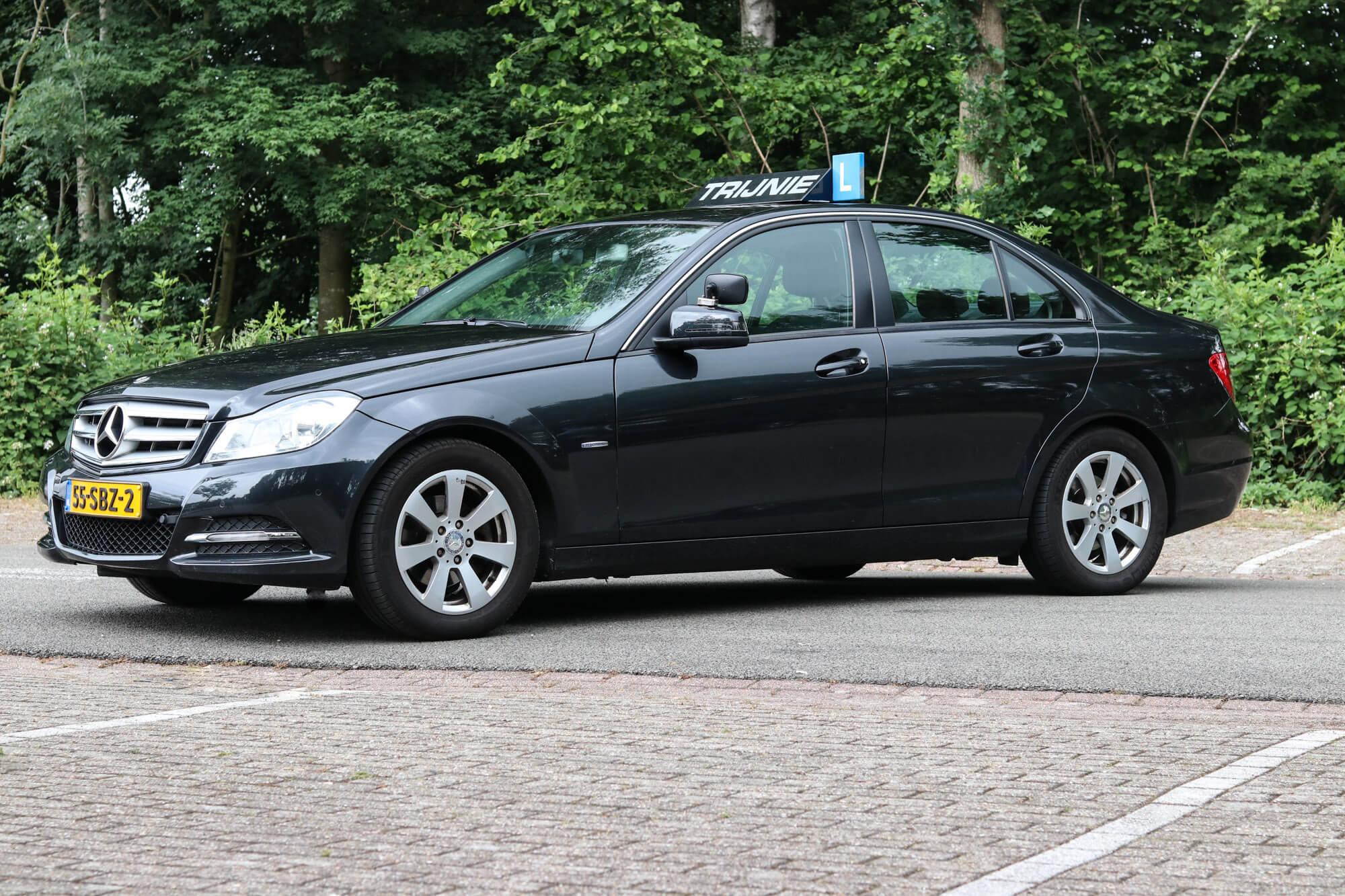 Mercedes C Klasse Autorijschool Trijnie Groningen